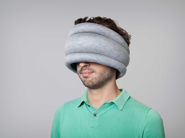 Подушка Ostrich Pillow Light