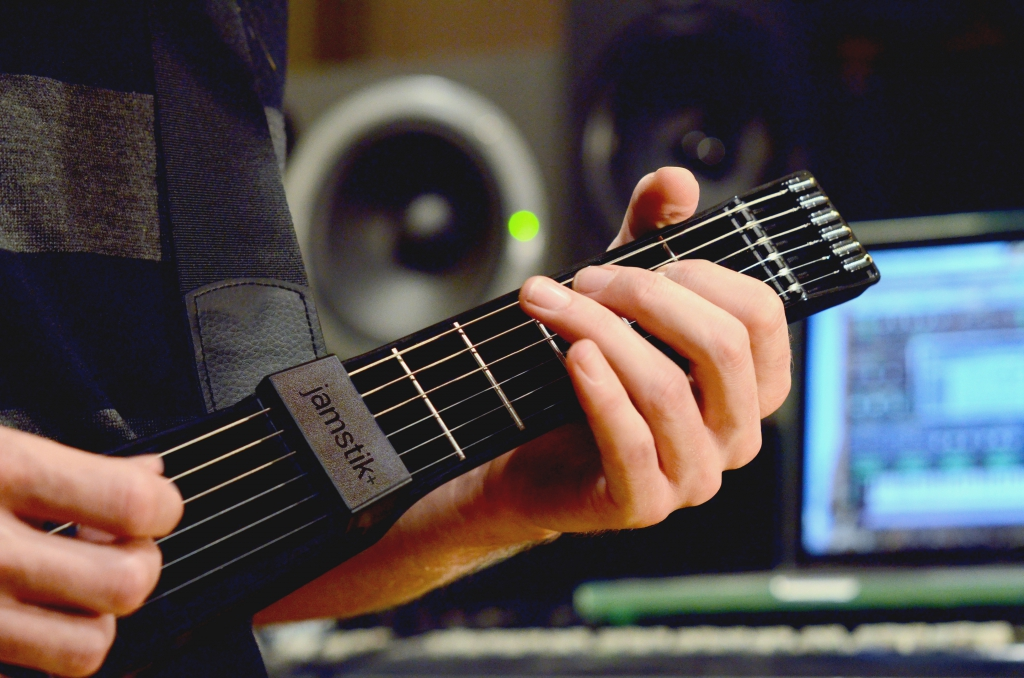 244_jamstik_studio_copy.jpg