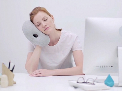 Подушка Ostrich Pillow Mini
