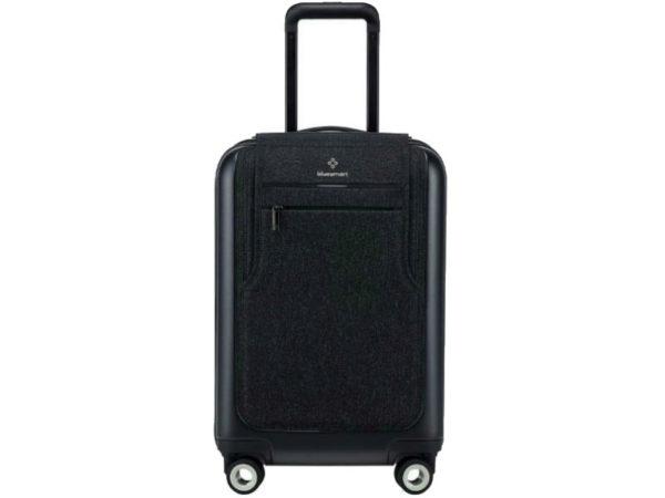 4a210410bbca Умный чемодан Bluesmart Black Edition - купить по низкой цене ...